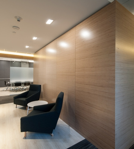 Plexwood® Made to order wood veneer panels with birch plywood for the interior