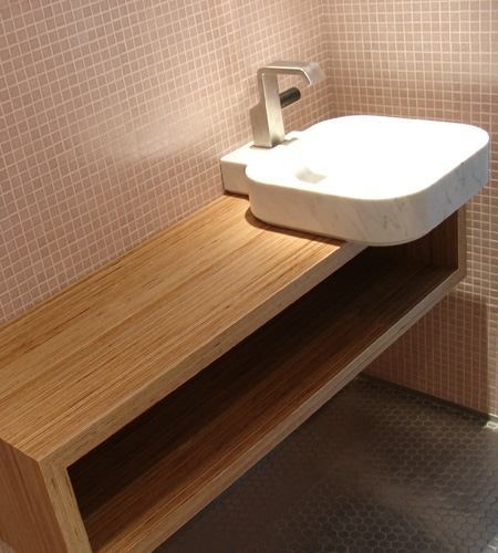 Plexwood® Private home bathroom wall mounted console in birch turned around plytype veneer paneling