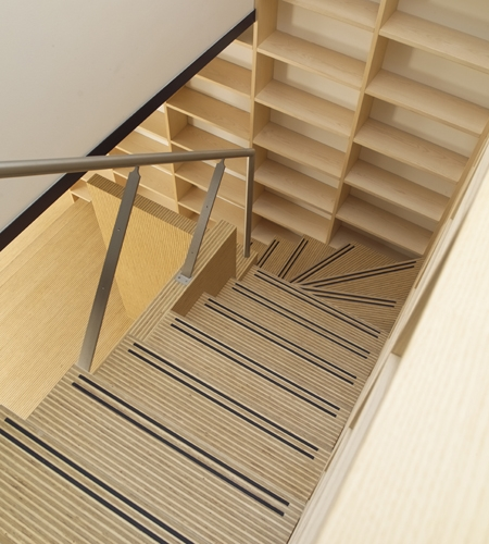Plexwood® Rietveldplan home staircase threads detail in deal engineered edges of exposed plywood