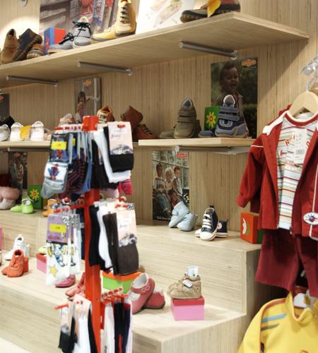 Plexwood® Ta Ti Top baby shoe display dresser in sustainable birch remodelled veneer plywood