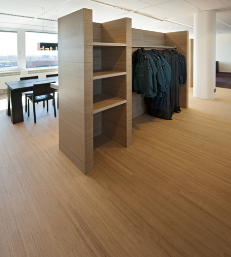 Plexwood® Tax and Border Control floor with matching wardrobe in beech short grain and long grain surface veneer