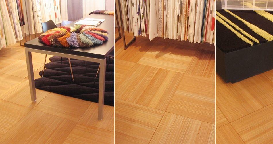 Plexwood® Toonkamer Dutch Design Center (DDC), pavimentação portátil em ladrilhos flutuantes de okoumé transformado para uma sala-de-exposições de têxteis