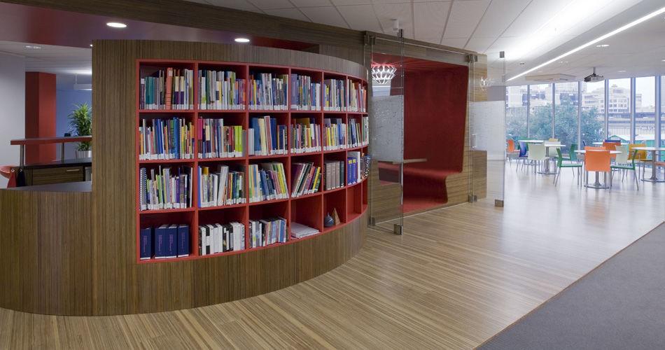 Plexwood® Jeugdzorg moderne chique bijpassende scheidingswand kast en vloer van meranti samengesteld composiet fineer