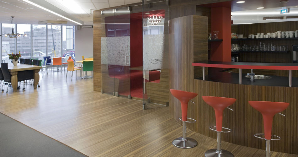 Plexwood® Child Services HQ Utrecht office restaurant floor, bar, counter and lunch meeting room in meranti