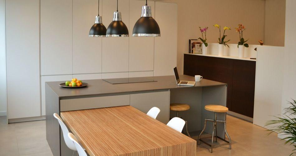 Plexwood® Emerson Living, mesa de cozinha sustentável e confortável em contraplacado de bétula lateralmente folheado para exposição, por James Emerson