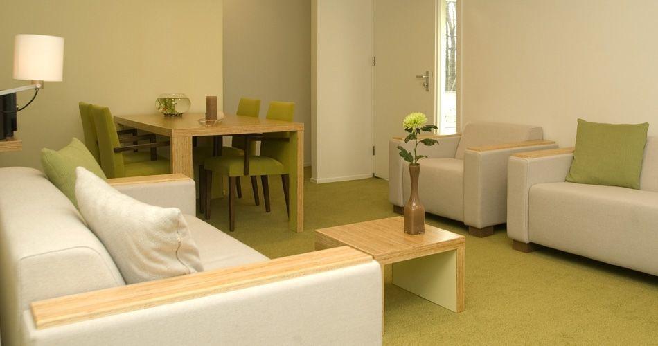 Plexwood® Kranenburg waiting room pine intralaminar composite edge-ply veneer wood furniture and flooring