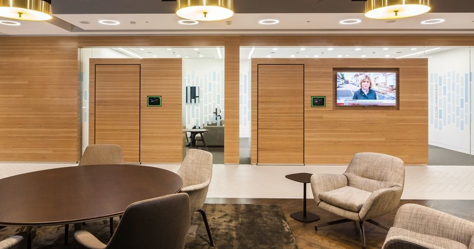 Plexwood® The Mako Group Offices walls and doors in sustainable beech re-glued and pressed veneer plywood
