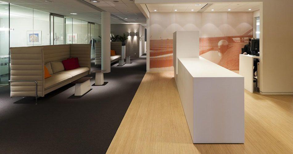 Plexwood® Rabobank Lochem public office area two-layer parquet floor in pine/ocoumé inverse plywood veneer