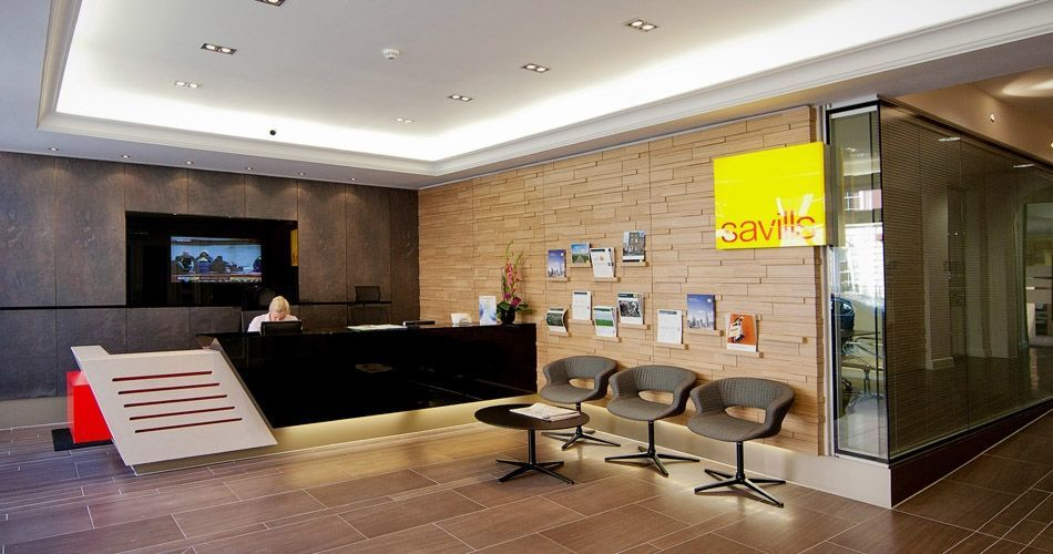 Plexwood® Savills HQ reception relief wall in birch contrariwise re-designed plywood