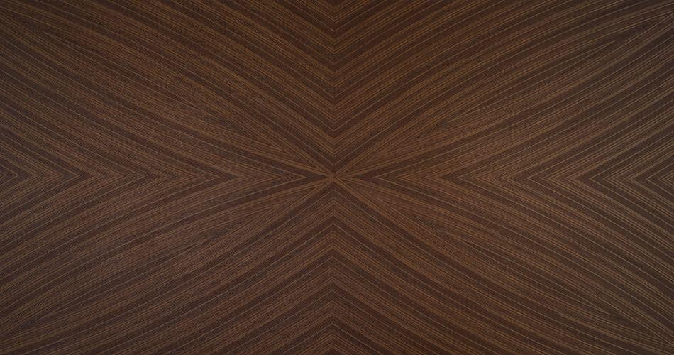 Plexwood® Un exemple de placage de bois sur mesure motifs courbes pour les designers de produit et les architectes