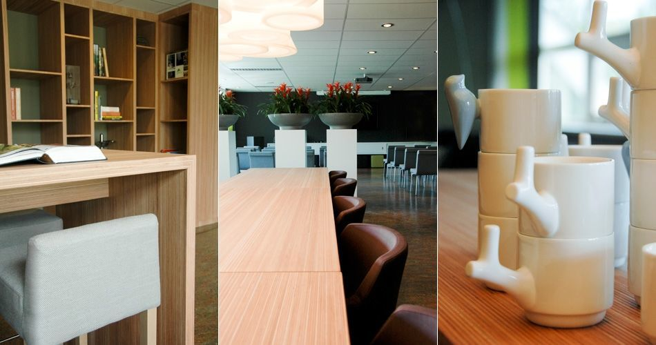 Plexwood® Tree Nursery Van den Berk multifunctional lobby with high reading tables, bookcases and furniture on casters