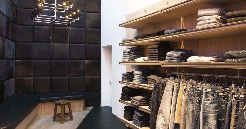 Plexwood® Tip de Bruin luxury clothes and brands store in Amsterdam